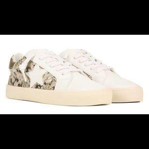 Steve Madden Larrk Gold Snakeskin sneakers NWT 8M